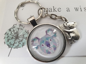 Koala Bär Schlüsselanhänger Glascabochon handgefertigt Tieranhänger Geschenk Frauen Kinder  - Handarbeit kaufen