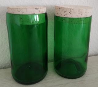 Vorratsglas mit Korkverschluss aus Sektflaschen für verschiedene Vorräte