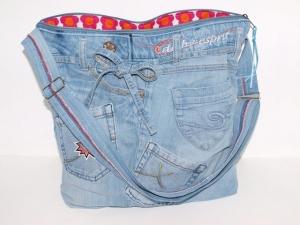 Jeanstasche Bellablue  upcycling Umhängetasche aus used Jeansstoff genäht