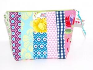Kosmetiktäschchen Sweety Schminktäschchen Universaltäschchen Patchworktäschchen handgemacht aus Baumwollstoffen - Handarbeit kaufen