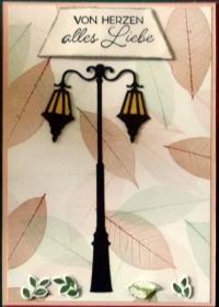 Herbstliche, handgemachte Glückwunschkarte mit Laterne und Laub - Handarbeit kaufen