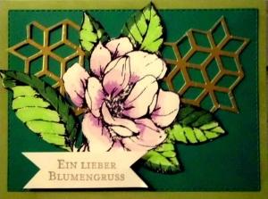 Hübsche, selbstgestaltete Karte mit einer Magnolienblüte zum Geburtstag - Handarbeit kaufen
