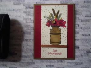 Nostalgische, selbstgestaltete Gruß-Karte mit Wiesenblumen in einer alten Kanne - Handarbeit kaufen