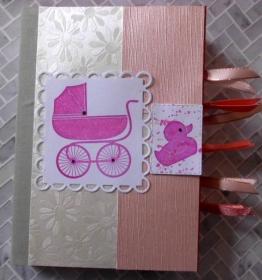 Süßes, selbstgestaltetes Babyalbum in pink und rosé - Handarbeit kaufen