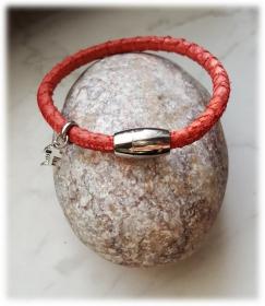 Tolles Fischleder/ Lachsleder Armband, rot mit Anhänger