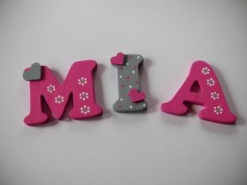 Holzbuchstaben in pink / grau ♥ Beispiel: MIA