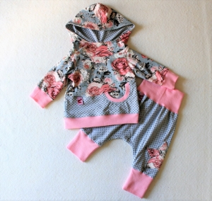 Süßes Babyset, 2-teilig, Hoodie und Pumphose, mit einem wunderschönen Rosenmuster, Gr 62