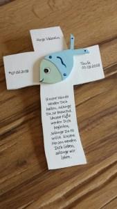 Taufkreuz Kreuz mit niedlichem 3D Fisch Taufe von NurVonMir ♡ - Handarbeit kaufen