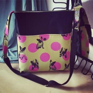 DORI No.2 - Tasche mit verstellbarem Schulterriemen und Außentasche