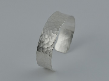 Silber - Armreif -Martello- /Handgefertigter Armreif aus 925er Silber - Handarbeit kaufen