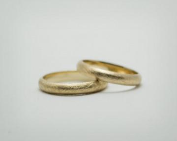 Partnerringe / Trauringe - Jadore2 - Zeitlose Trauringe/ Eheringe/ Partnerringe aus  585er Gold
