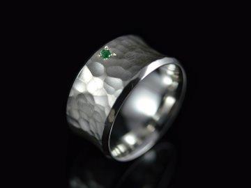 Ring -Concave Smaragd- Handgefertigter Ring aus 925er Silbe - Handarbeit kaufen
