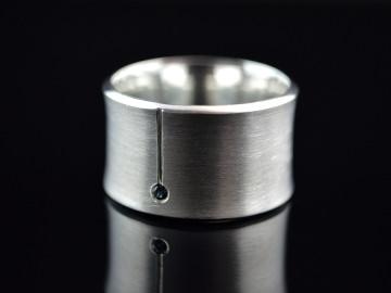 Ring -Concave Saphir- Handgefertigter Ring aus 925er Silber - Handarbeit kaufen