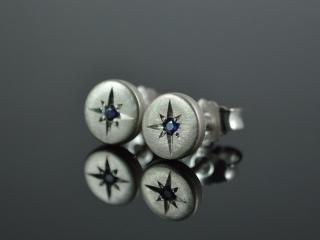 Ohrstecker -Blauer Stern- echter Saphir / 925er Silber