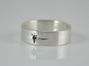 Ring  ★Blauer Stern ★ echter Saphir / 925er Silber - handgemacht - Handarbeit kaufen