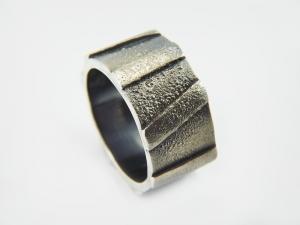 Silber - Männerring ★Caterpillar★geschwärzt- handgemacht-925er Silber - Handarbeit kaufen