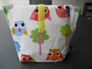 Lunchbag - Rolltasche - Kulturtasche  ,bunte Eulen auf weiß - Handarbeit kaufen