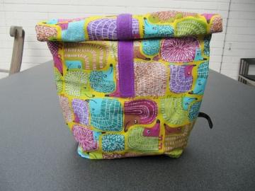 Lunchbag - Rolltasche - Kulturtasche ,bunte Igel auf gelb - Handarbeit kaufen