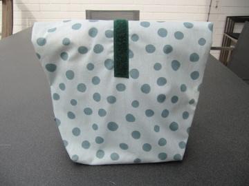 Lunchbag - Rolltasche - Kulturtasche ,grüne Punkte auf hellgrün - Handarbeit kaufen