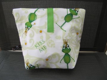 Lunchbag - Rolltasche - Kulturtasche  ,Froschkönige ,Aufschrift:Kiss Me - Handarbeit kaufen