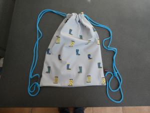 Ausgefallener handgearbeiteter Sportbeutel bzw.Rucksack aus wasserabweisendem Softshell. - Handarbeit kaufen