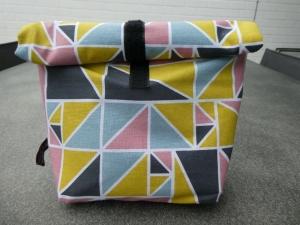 Lunchbag - Rolltasche - Kulturtasche ,graphisches Muster in gelb,rosa dunkelgrau und hellgrau