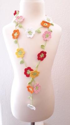 Blumengirlande gehäkelt, 20 Blüten