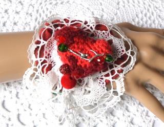Stoffarmband/Manschette aus verschiedenen Textilien im BoHo Style und zum Dirndl