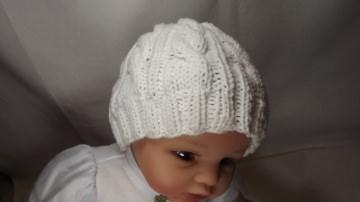 Baby-Kinder-Strickmütze-in weiss-aus 50% Baumwolle und 50% Polyacryl mit Zopfmuster Art.1264