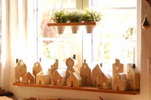 Holzhäuser, nicht nur zur Adventszeit, Handarbeit, Einzelstücke