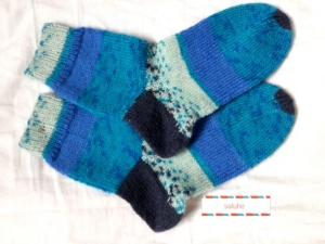 Wollsocken in Größe 30/31 handgestrickt blau türkis für Mädchen und Jungen - Handarbeit kaufen