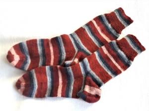 Wollsocken in Größe 38/39 handgestrickt braun, beige, grau geringelt für Frauen und Männer - Handarbeit kaufen