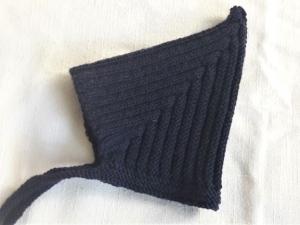 Babymütze, Zwergenmütze, Strickmütze handgestrickt für neugeborene Mädchen und Jungen in dunkelblau KU 44-48 cm  - Handarbeit kaufen