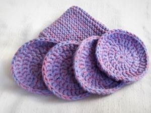 Kosmetikpads und Waschlappen gehäkelt und gestrickt in rosa lila wiederverwendbar und waschbar - Handarbeit kaufen