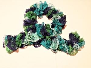Rüschenschal handgestrickt türkis grün  für Frauen und Männer,  135 cm lang   - Handarbeit kaufen