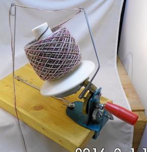 mechanischer Wollwickler, Knäul bis 500g - Handarbeit kaufen