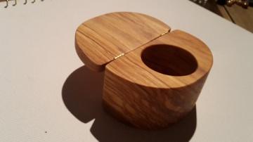 Einzigartige Holz  Ring-Schmuckdose aus Olivenholz