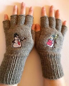 Handschuhe fingerfrei, Marktfrauen, Musiker, Reiter,... mit gesticktem Schneemann