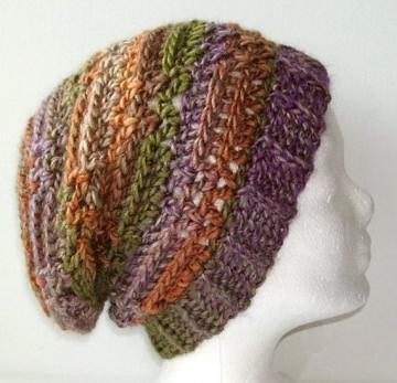 Gehäkelte Mütze - Beanie in grün, lila und orange