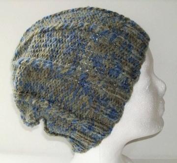 Handgestrickte Mütze - Beanie in grau und blau