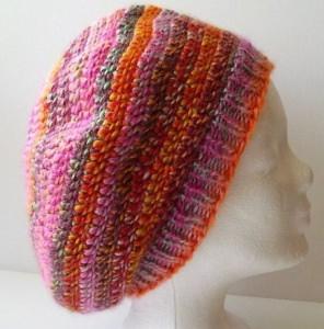 Gehäkelte Mütze - Beanie in rosa, rot und orange