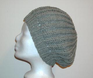 Handgestrickte Mütze - Beanie in grau mit Baumwolle