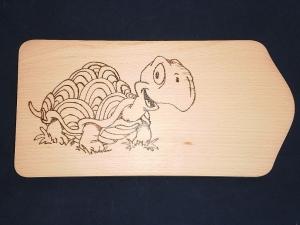 Frühstücksbrettchen mit Brandmalmotiv Schildkröte inklusive Vorname - Handarbeit kaufen
