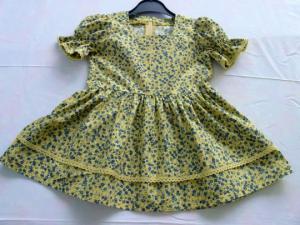 Handgefertigtes Kleidchen mit Puffärmeln iin Gr. 92, Unikat