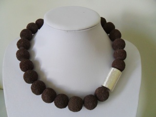 Lava Schoko - Handarbeit kaufen