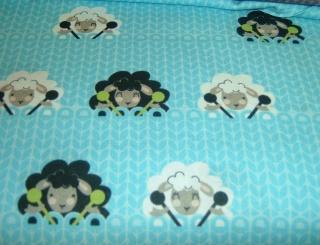 StrickenSchafe Wolle crafty critters  türkis Baumwolle Patchworkstoff 50x110 cm