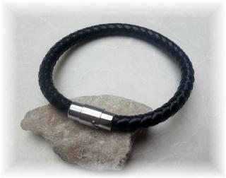 #Unikat X# schlichtes Echtlederarmband mit Edelstahlverschluss für den Mann, der keinen Schmuck braucht