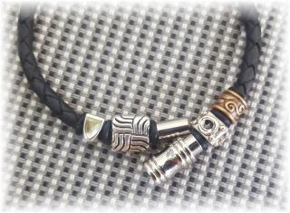 #Acon# geschmackvolles handgefertigtes Lederarmband mit Metallperlen und Edelstahl-Magnetverschluss für Männer