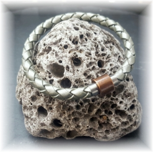 #Jannis# elegantes handgefertigtes Lederarmband mit modernem Edelstahl-Magnetverschluss für Männer