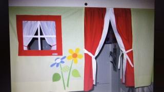 Hochbettvorhang, Spielbettgardine, mit Theatereingang Fräulein Storchenbein